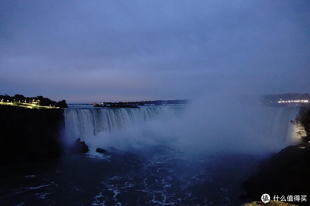 一美元跨两国——世界最大瀑布Niagara和彩虹桥&奥莱