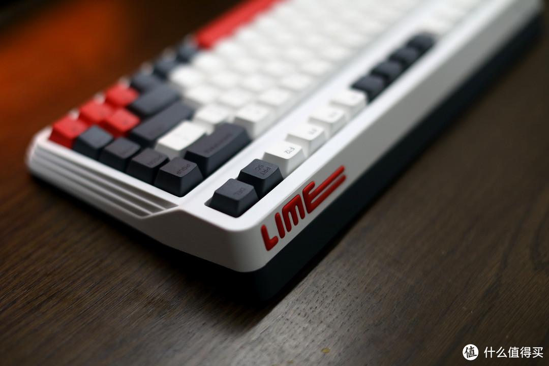IQUNIX L80动力方程式——700元价位三模热插拔84键机械键盘
