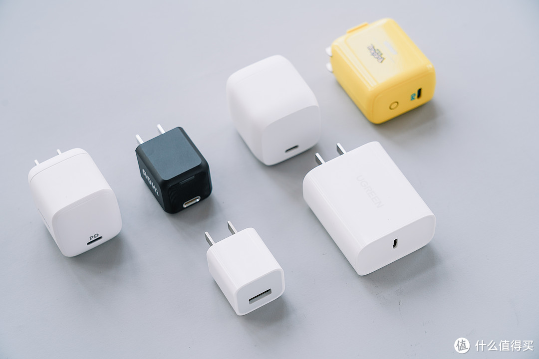 买前必看,全面实测:20W/30W PD充电器横评