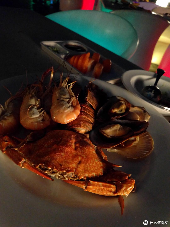 海鲜拼盘,质量还不错