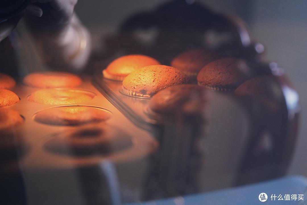 亲子烘焙DIY,六一儿童节带孩子一起创作吧~棒棒糖蛋糕、奥利奥咸奶油蛋糕、挤挤小面包