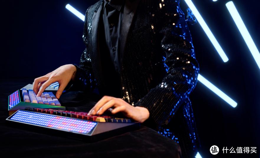 怒喵科技 发布 CYBERBOARD Le Smoking 游戏键盘