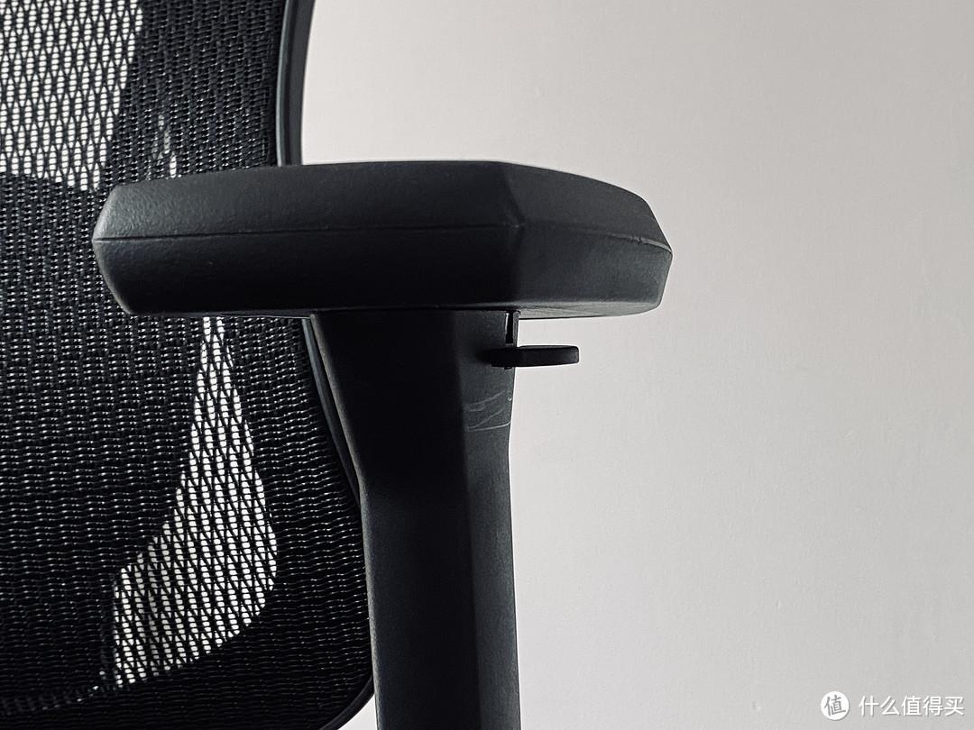 躺平是最好的休息?一把能坐能躺的人体工学椅