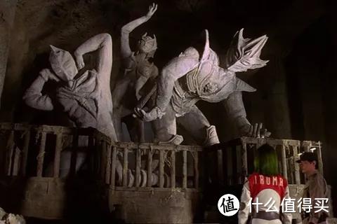 《特利迦奥特曼》黑暗三巨人再度觉醒登场!