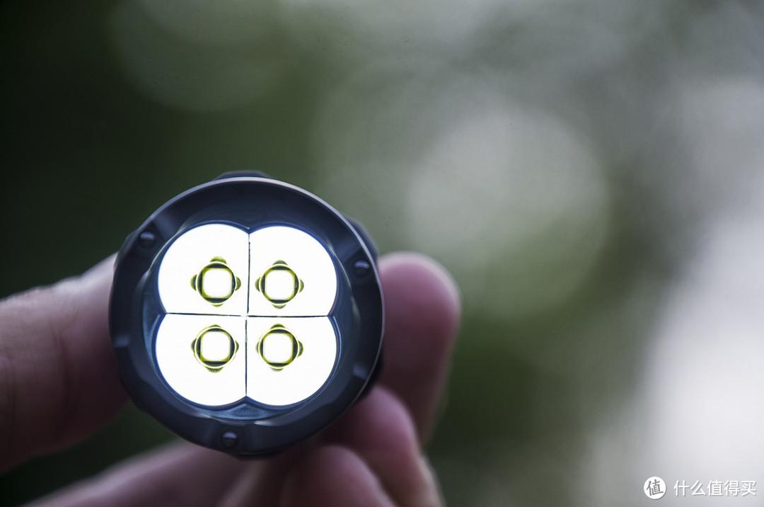 i世代、i手电、i满意:NITECORE P20iX