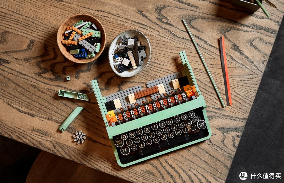 乐高集团创始人和IDEAS系列奇妙碰撞!乐高IDEAS 21327 打字机6月16日复古上市!