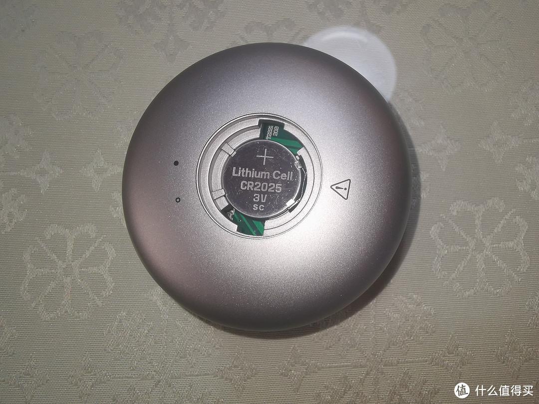 遥控器电池安装