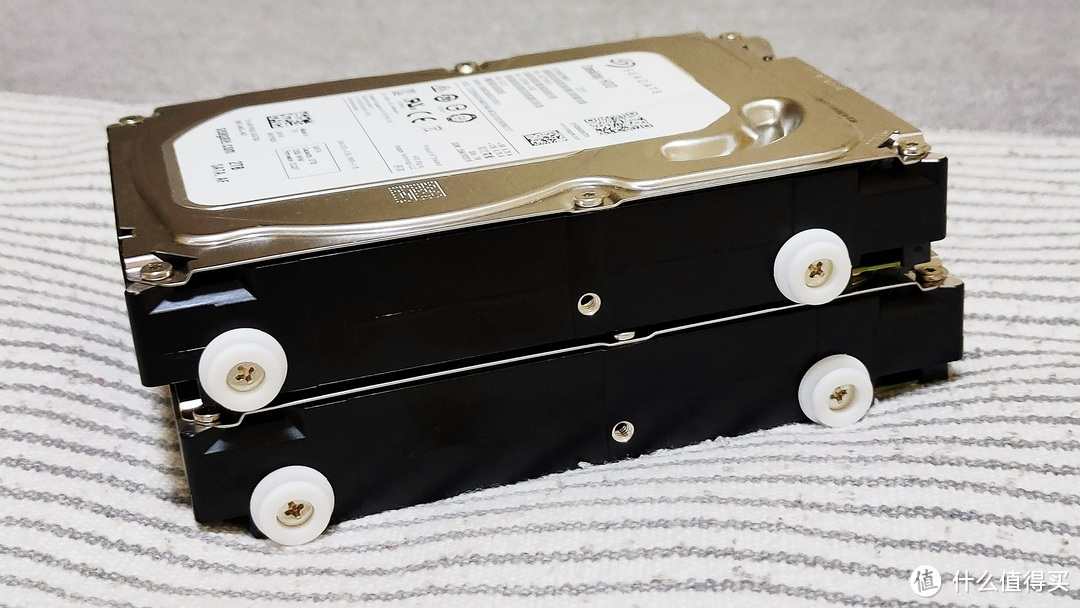 影音爱好者的网络NAS设备:私有云极空间Z2开箱和使用体验,谁说ARM处理器性能就一定弱的?