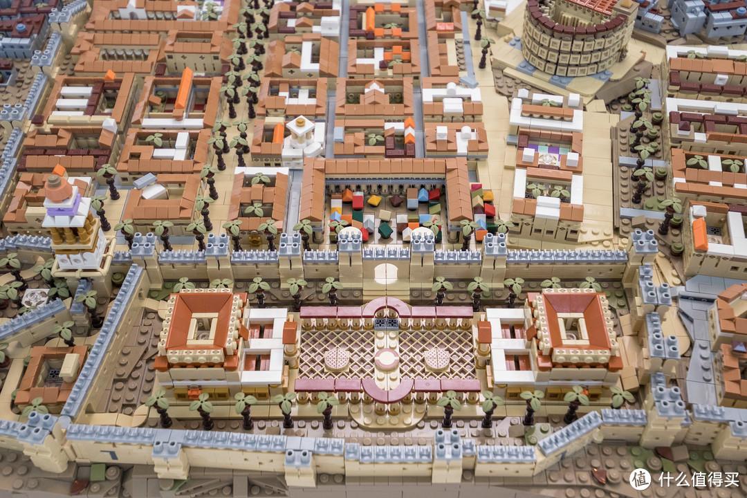 国外乐高玩家搭建微缩版耶路撒冷古城,曾经制作过微缩版故宫