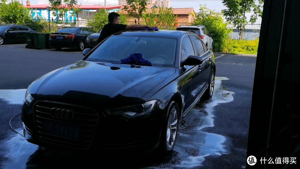 大浴巾擦车顶机盖