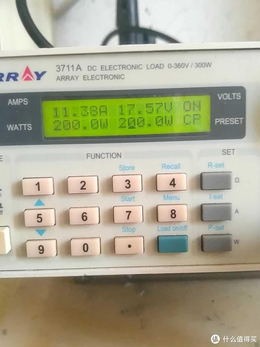 原装充电器 200W恒功率放电,电压17.57V,电流11.38A。压降2V约。