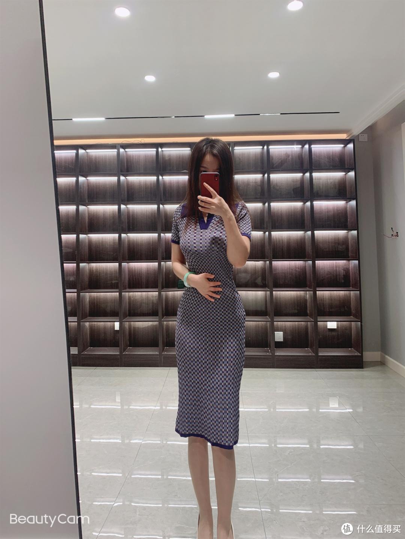 女生夏日如何穿搭看起来才更知性更有气质?
