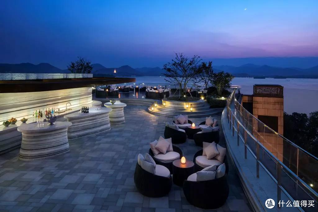 枕西湖而眠,杭州君悦是一个好选择