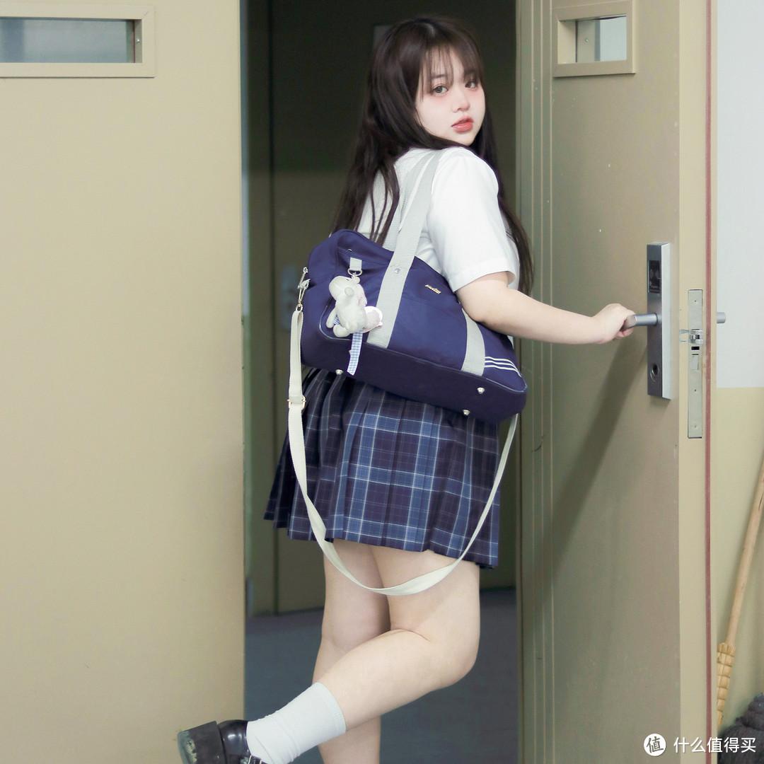 女生一定要白幼瘦才能穿JK制服吗?