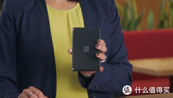 微软发布 Surface Duo 2 双屏手机,骁龙888、高刷屏、支持与Win 11 PC互联